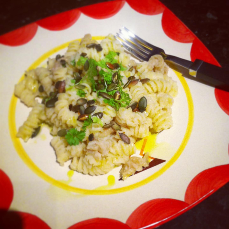 Fusili with celeriac and apple sauce