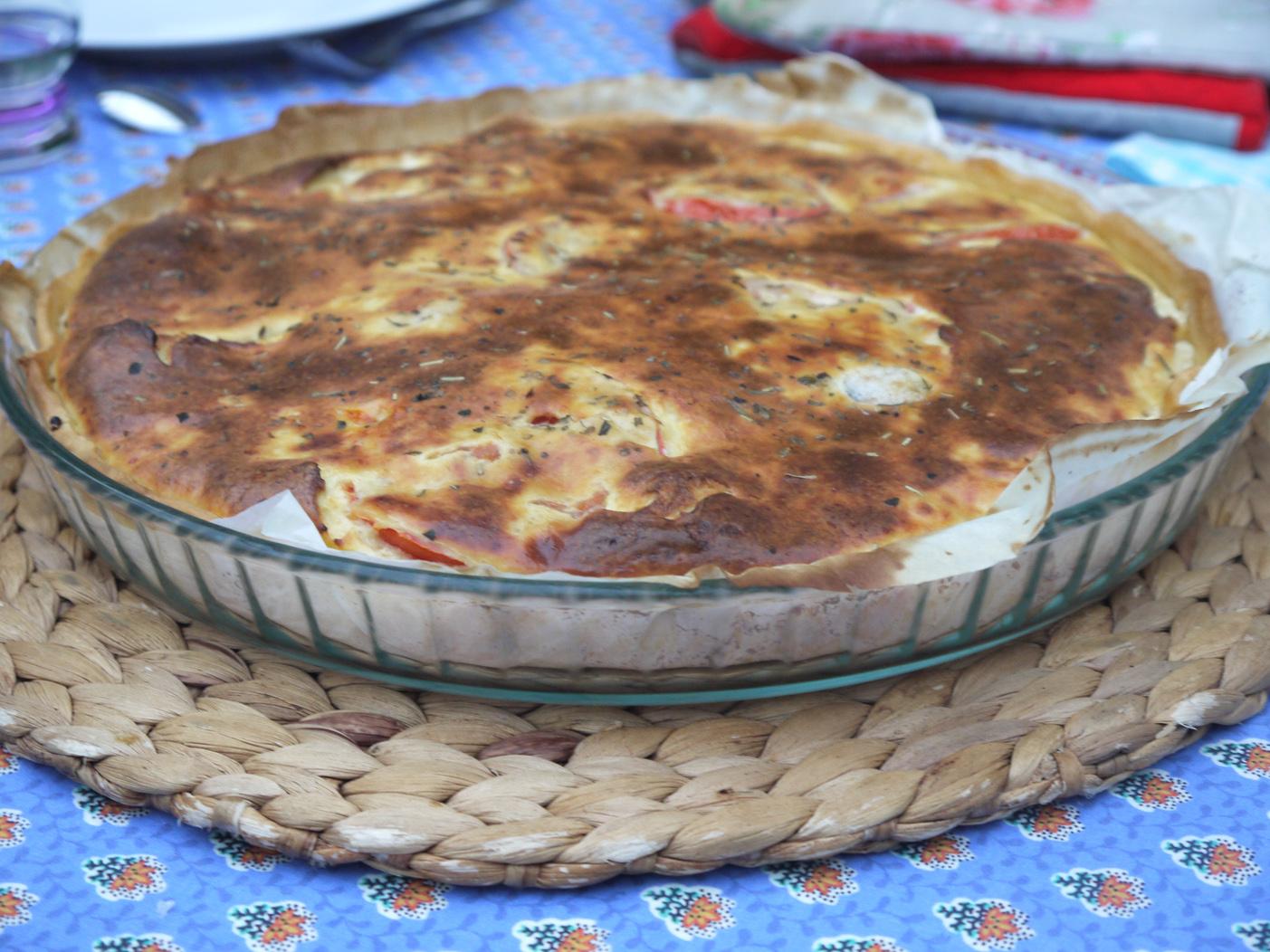 Tomato souffle tart